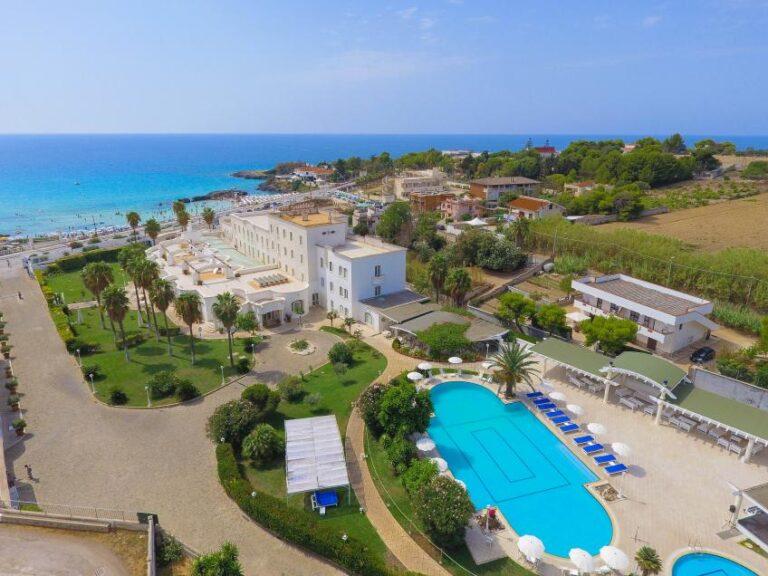 La spiaggia del Nicolaus Club Il Gabbiano